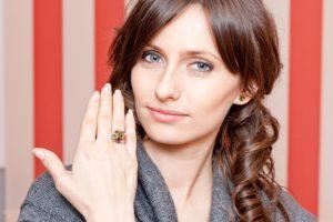 La stabile convivenza impone la revoca dell'assegno divorzile